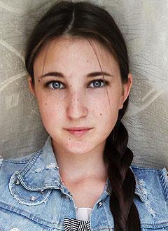 Света Кашперова, 16 лет, врожденный порок сердца, спасет эндоваскулярная операция, требуется окклюдер. 449780 руб.