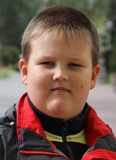 Илья Гарнышев, 9 лет, врожденный порок сердца, спасет эндоваскулярная операция, требуется окклюдер. 285600 руб.