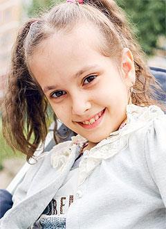 Настя Бесчетвертева, 8 лет, детский церебральный паралич, требуется инвалидное кресло-коляска. 149730 руб.