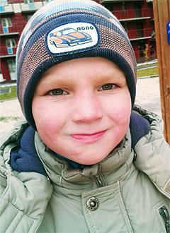 Рома Финевич, 5 лет, врожденный порок сердца, спасет эндоваскулярная операция. 396014 руб.