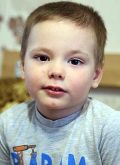 Ваня Зорин, 4 года, врожденный порок сердца, спасет эндоваскулярная операция, требуется окклюдер. 198072 руб.