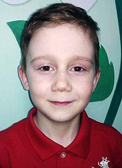 Слава Петров, 7 лет, врожденная атриовентрикулярная блокада 3-й степени, спасет замена электрокардиостимулятора. 612396 руб.