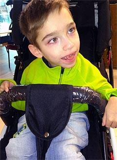 Гоша Алтынов, 7 лет, детский церебральный паралич, симптоматическая эпилепсия, требуется лечение. 199430 руб.
