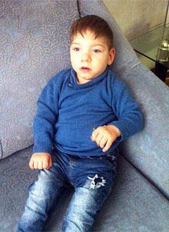 Артем Смеловский, 3 года, детский церебральный паралич, требуется лечение. 199430 руб.