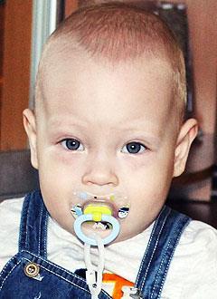 Карим Каримуллин, 1 год, бронхолегочная дисплазия, требуется лекарство. 681580 руб.