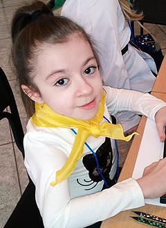 Люба Ротарь, 11 лет, несовершенный остеогенез, требуется курсовое лечение. 527310 руб.