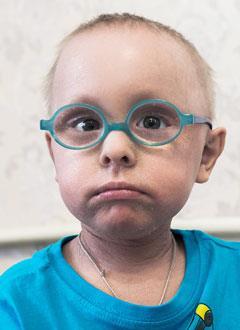 Ярослав Митякин, 3 года, пластинчатый ихтиоз, требуются лечебные мази и кремы на полгода. 406476 руб.