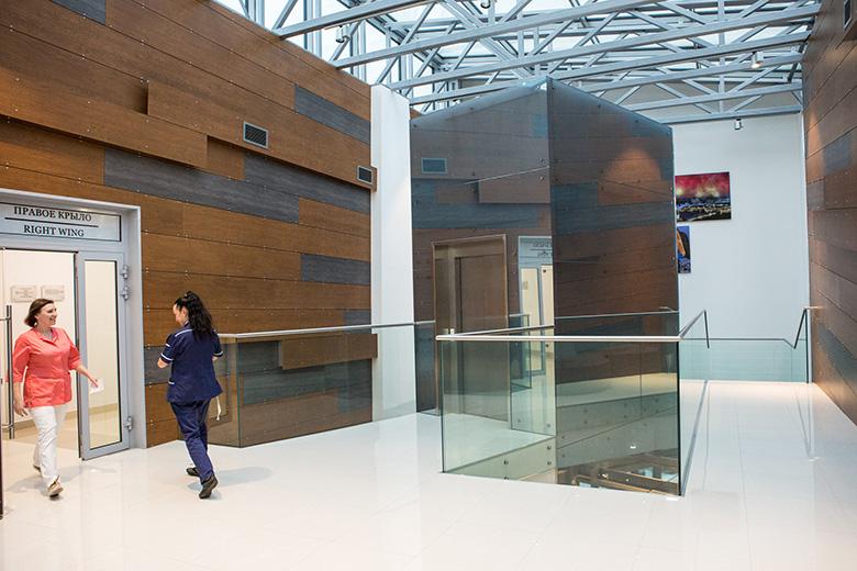 На втором этаже Центра протонной терапии